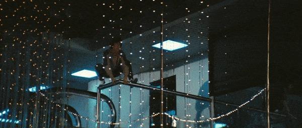 Как снимали трюк с прыжком на шест в «Полицейской истории» Фильмы, Джеки Чан, Съемки, Трюк, Гифка, Длиннопост, Полицейская история Серия фильмов