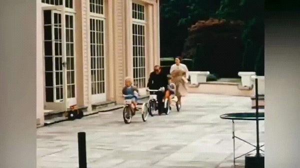 Архивные записи королевской семьи Королева Елизавета II, Принц Филипп, Принц Чарльз, Принцесса Анна, Королевская семья, Великобритания, Гифка