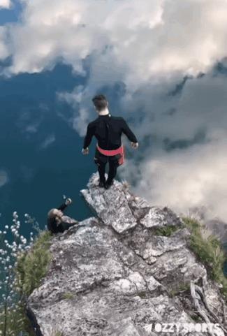 Мне бы в небо Прыжки в воду, Отражение, Небо, Гифка
