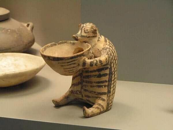 Ёж.5000лет, Кикладская цивилизация.Музей Афин