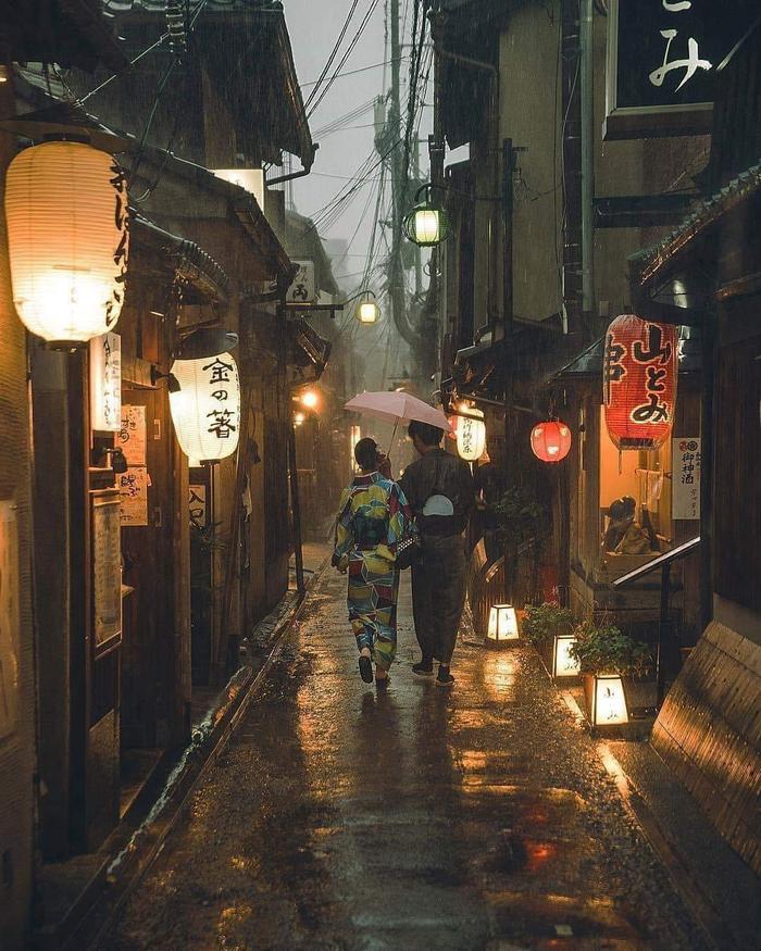 В Японии наступил сезон дождей