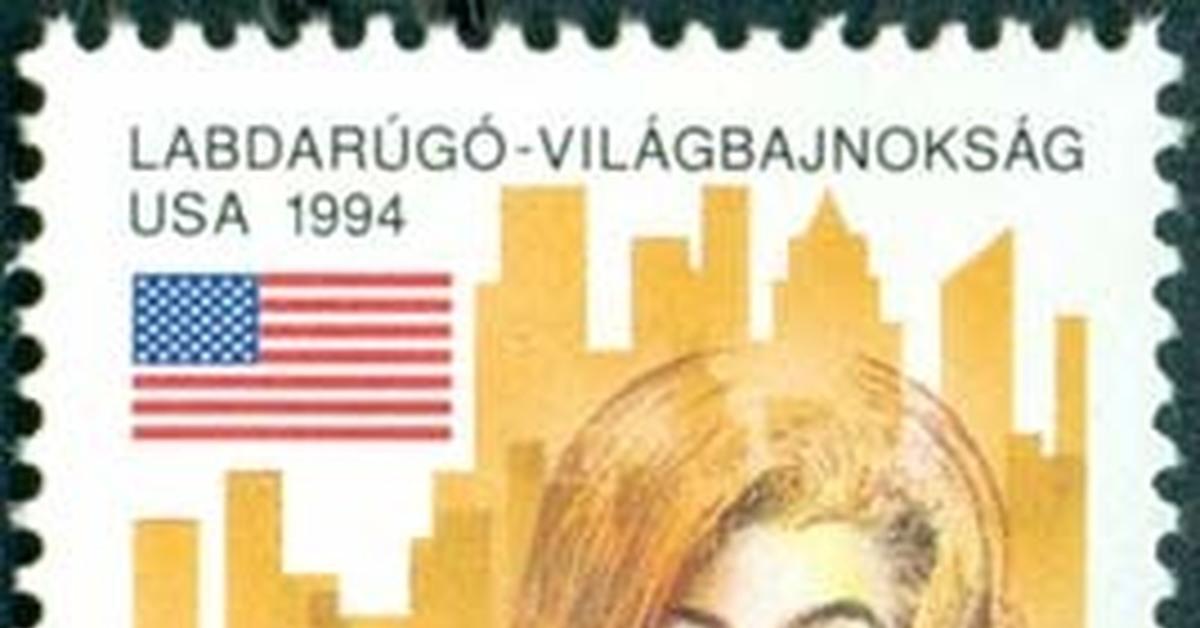 """Мэрилин Монро на почтовых марках (LXXVI) Цикл """"Великолепная Мэрилин"""" - 545 выпуск"""