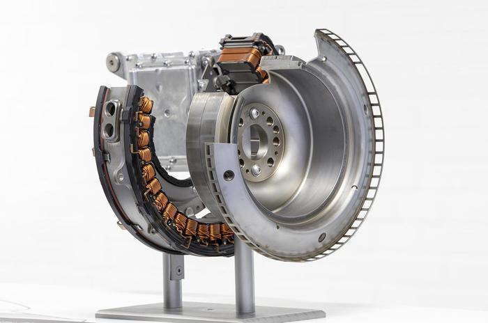 В чем плюс рядных моторов? Авто, Двигатель, Производство, Автопром, Интересное, Гифка, Длиннопост